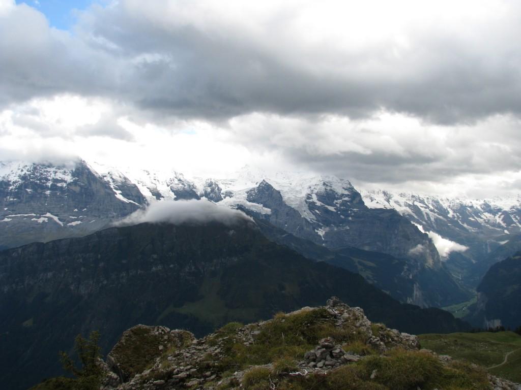 Вершины Бернских Альп с Шиниге Платте.