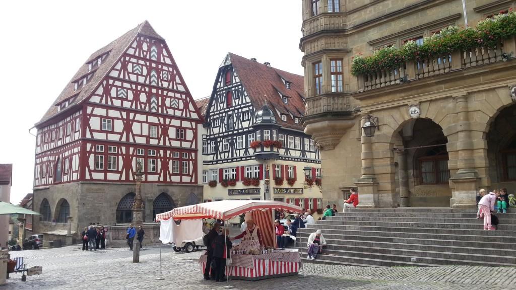 Фахверковые домики на Рыночной площади Ротенбурга-на-Таубере