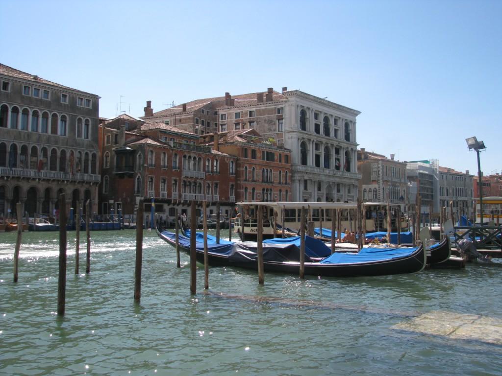 Венеция. Гранд Канал. Гондолы.