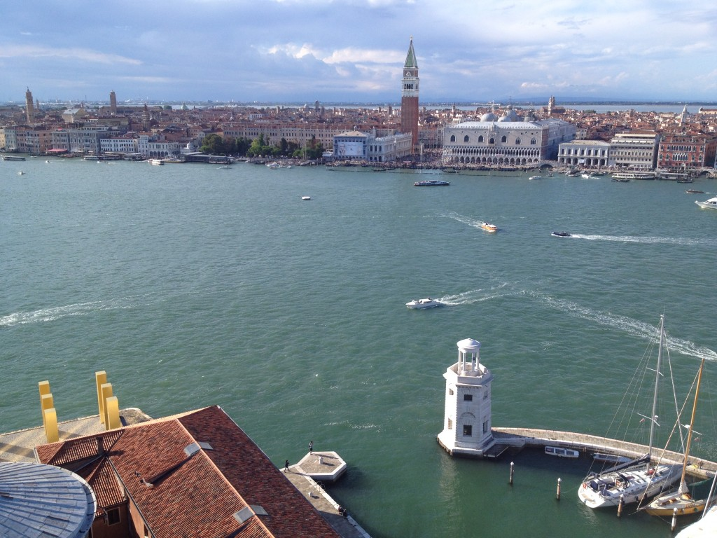 Венеция. Сан-Марко. Колокольня и Дворец Дожей.
