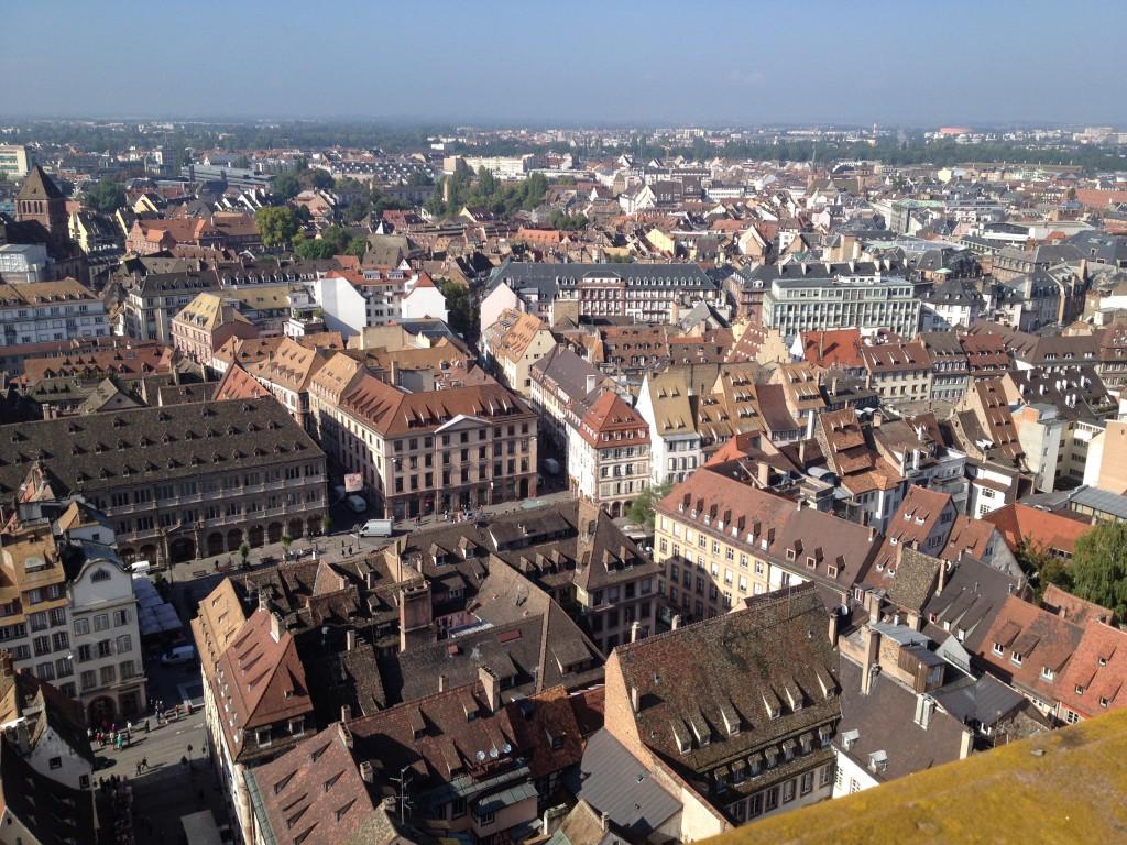 Панорама Страсбурга со Страбургского собора.
