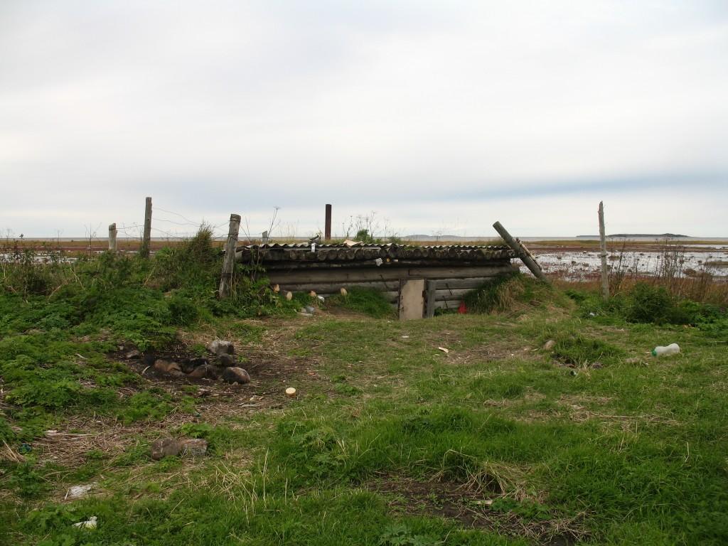 Землянка у брода через реку Унежма