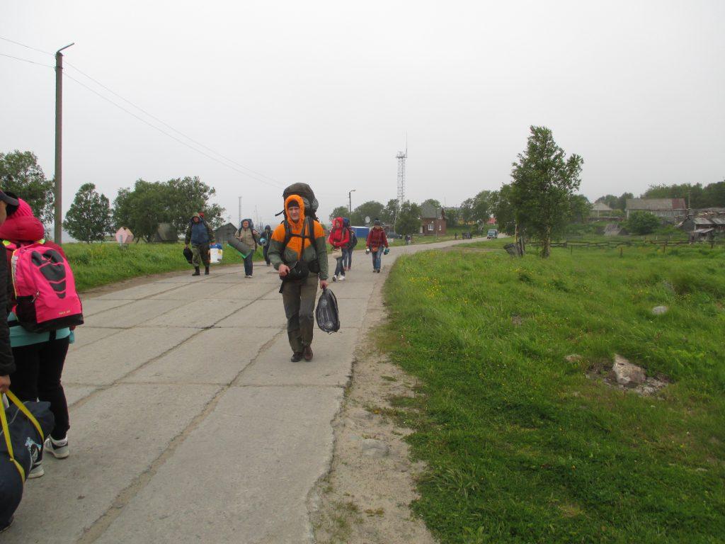 Дорога от Тамарина причала в поселок Соловецкий