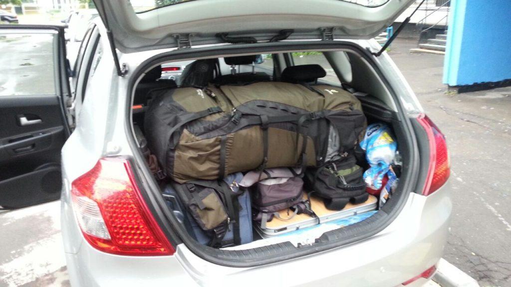 Упаковка вещей в автомобиль. Северный Марш или Кола-2015.