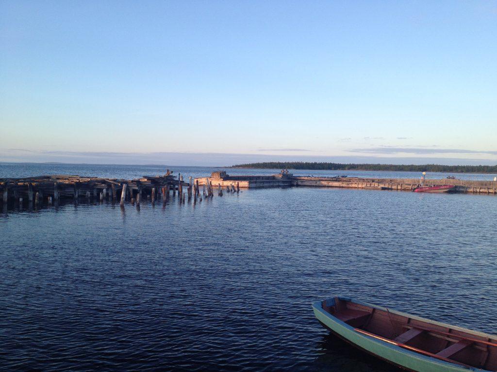 Рабочеостровск. Белое море. Туркомплекс Причал.