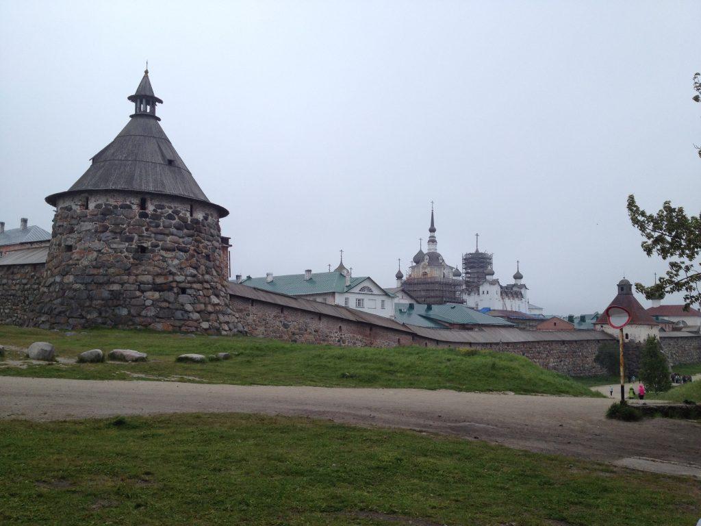 Соловецкий монастырь и Корожная башня