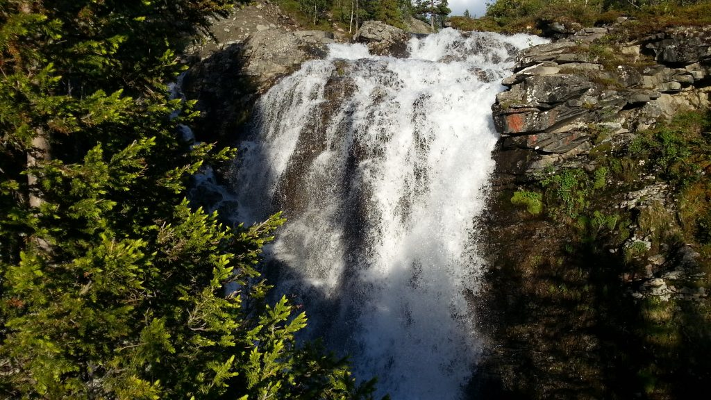 Хибины. Водопад Красивый (Рисйок).