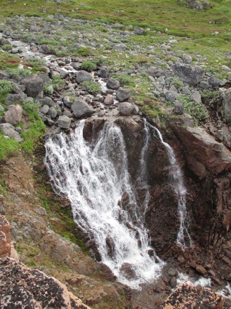 Водопад около Териберки