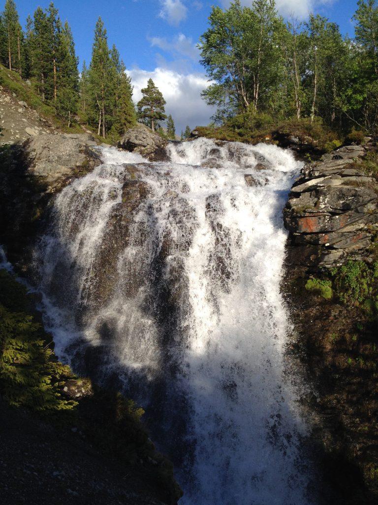 Хибины. Водопад Рисйок (Красивый).