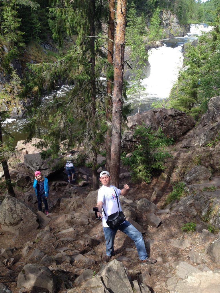 Селфи на водопаде Кивач