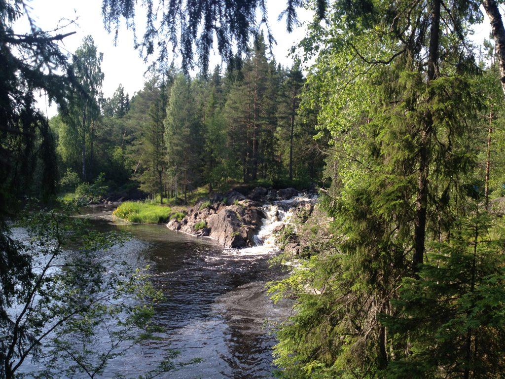 Рускеальские водопады или водопады Ахинкоски.