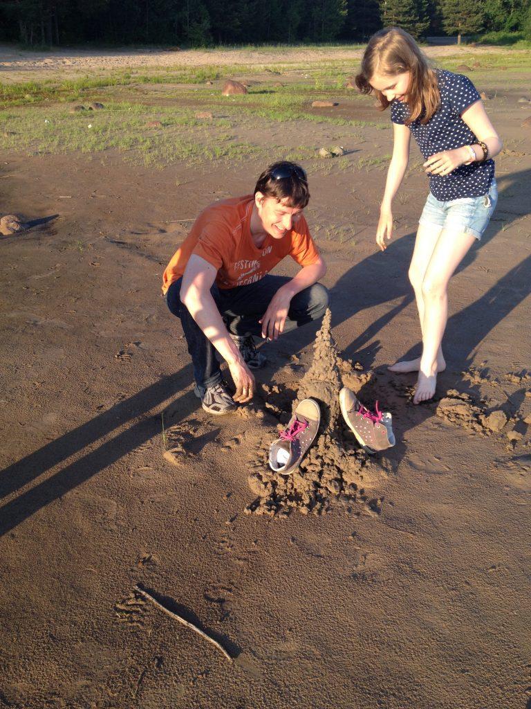 Песочная башня на Ладожском озере
