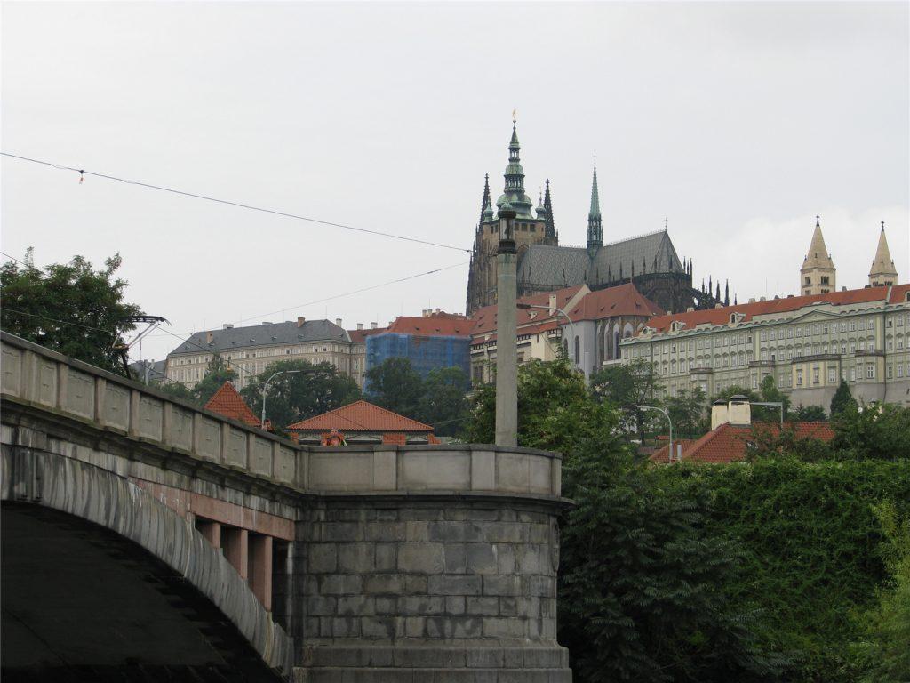 Пражский Град. Вид с реки Влтава.