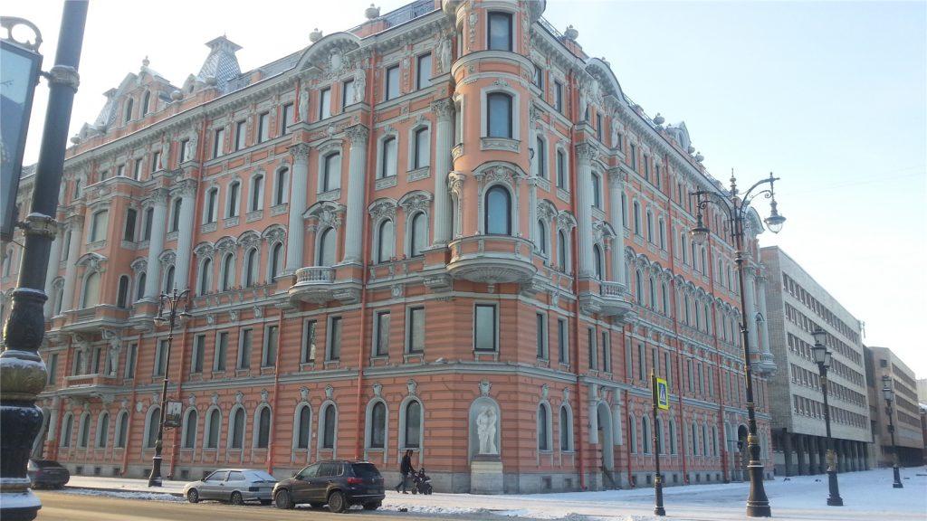 Дом на Потемкинской улице. Санкт-Петербург.