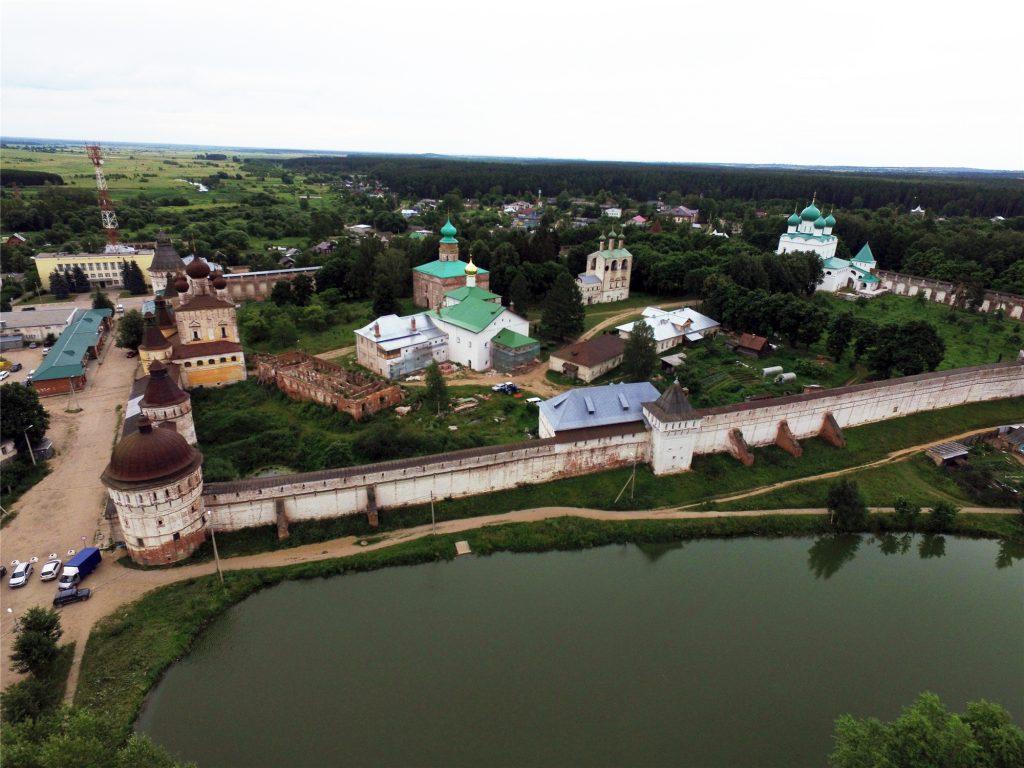 Борисоглебский монастырь около Ростова