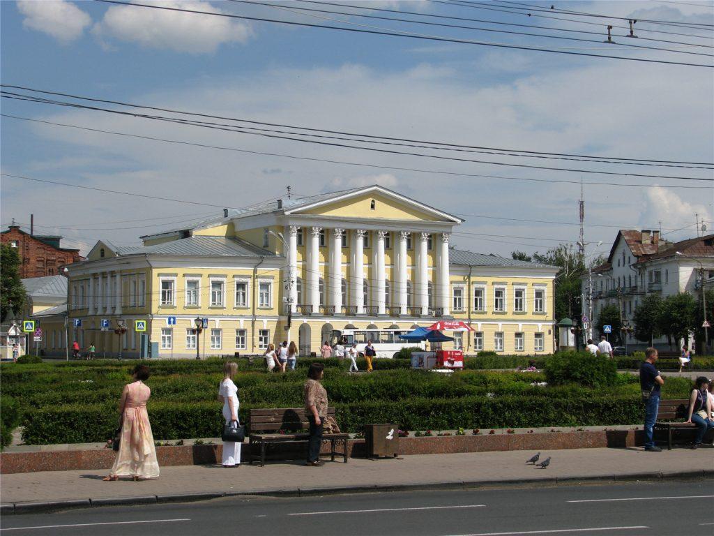 Особняк сенатора Борщова. Сусанинская площадь. Кострома.