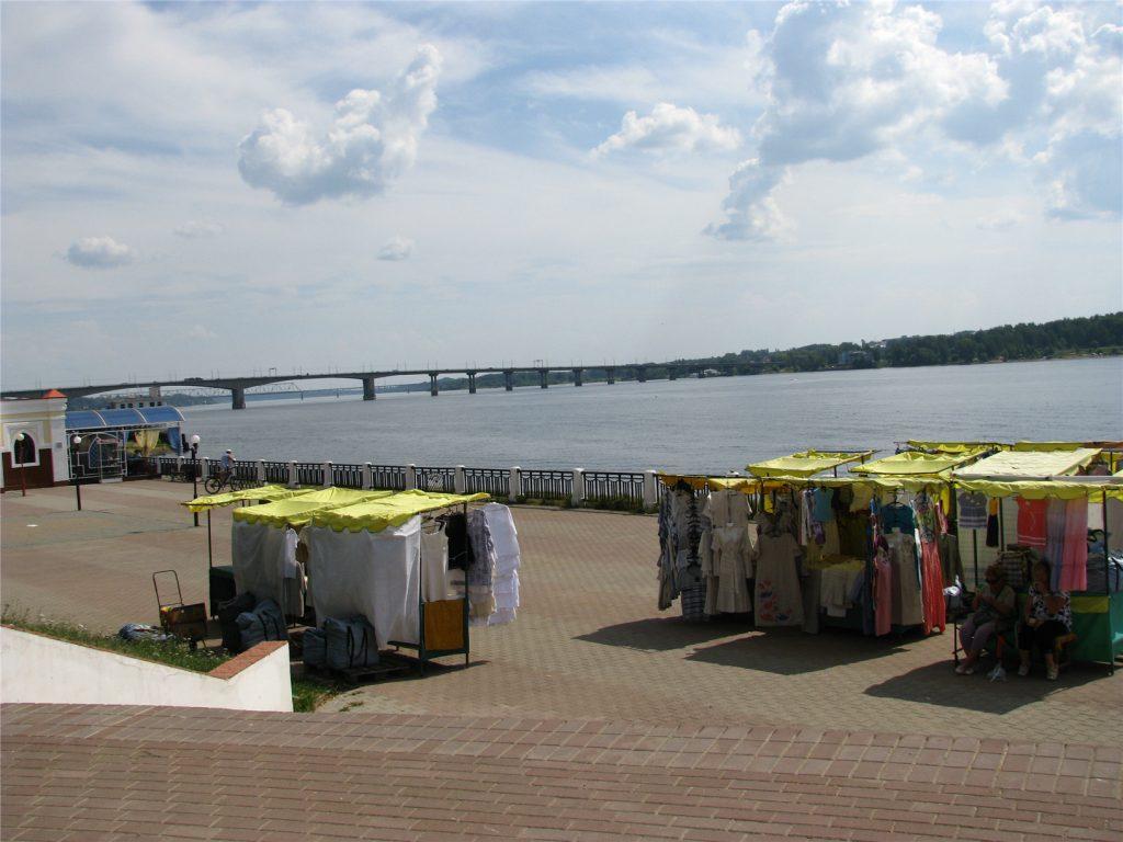 Набережная Волги в Костроме