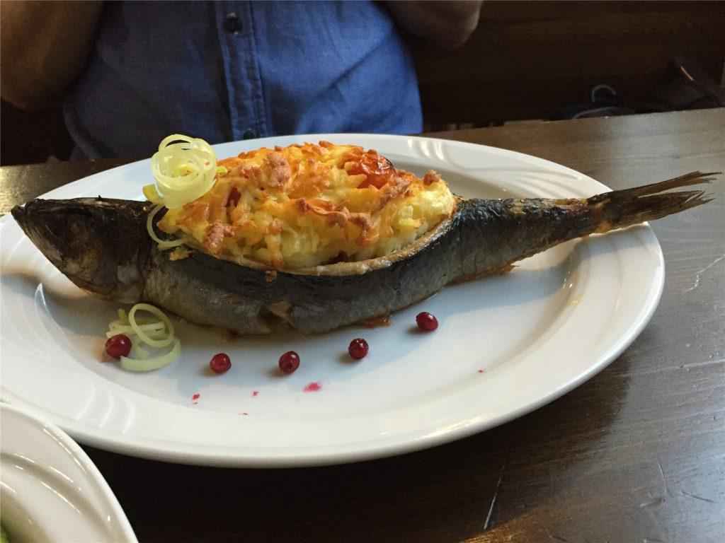 Ужин в Fisch Herberg. Сельдь Царский Посол. Переславль-Залесский.