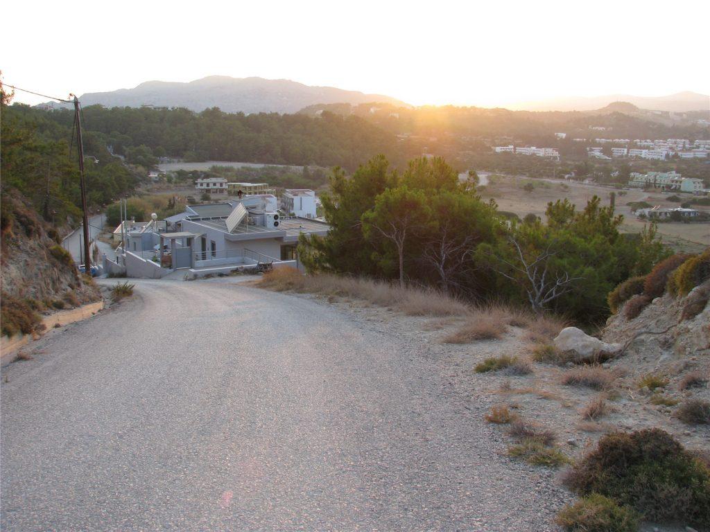 Вид на Фалираки с холма у обсерватории