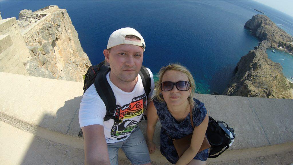 Селфи из Акрополя на фоне Средиземного моря. Остров Родос. Греция.