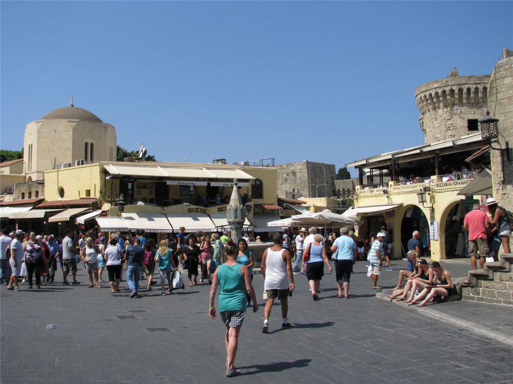 Площадь Иппократус. Старый Город. Родос.