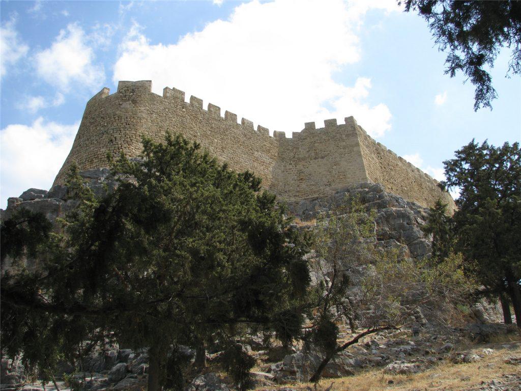 Стены Линдосского Акрополя
