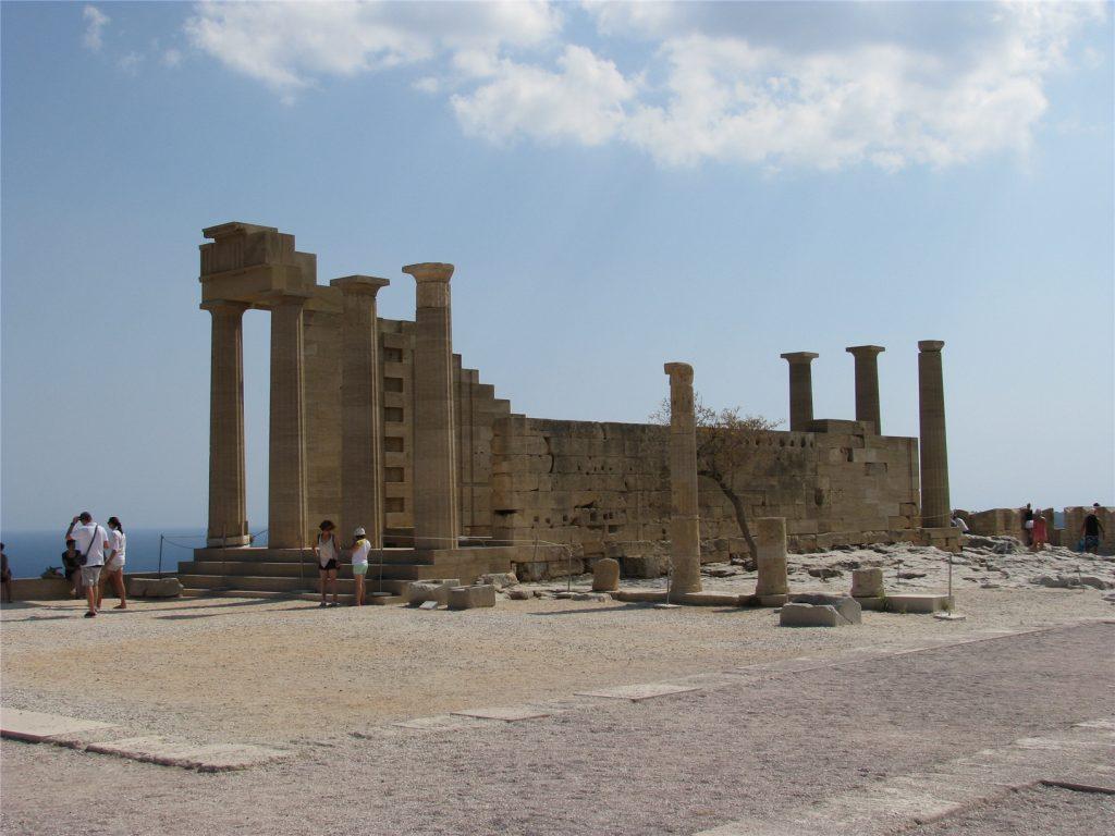 Акрополь в городе Линдос. Греция.