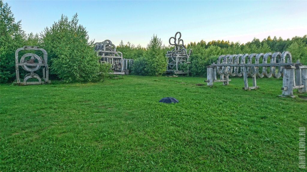 Арт-объекты в Никола-Ленивце