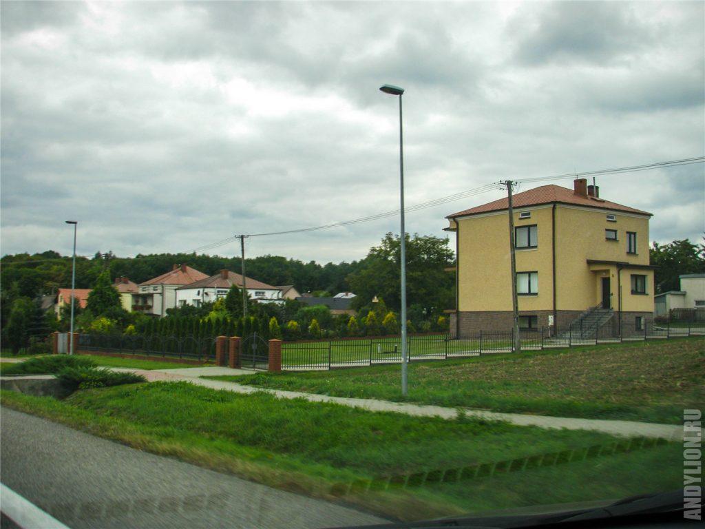 Ухоженные польские домики.