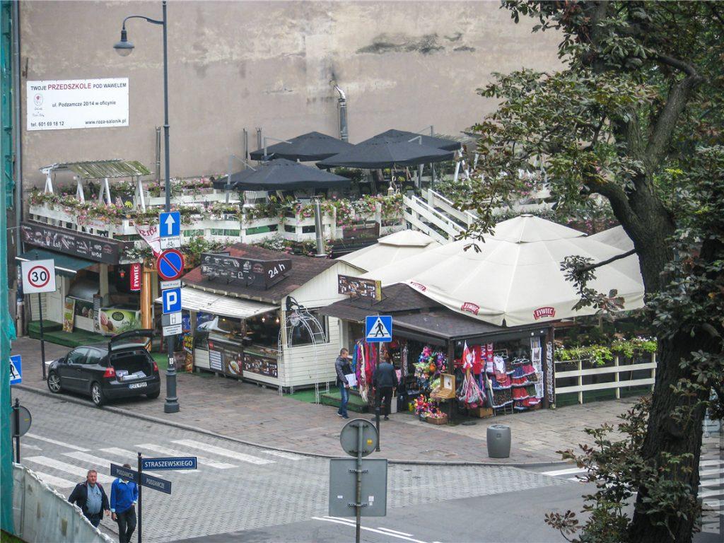 Рынок в Кракове под Вавелем