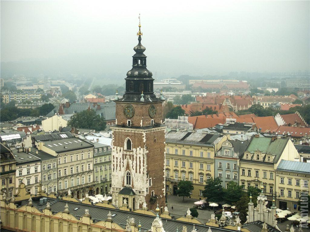 Башня ратуши. Площадь Главный рынок. Краков.