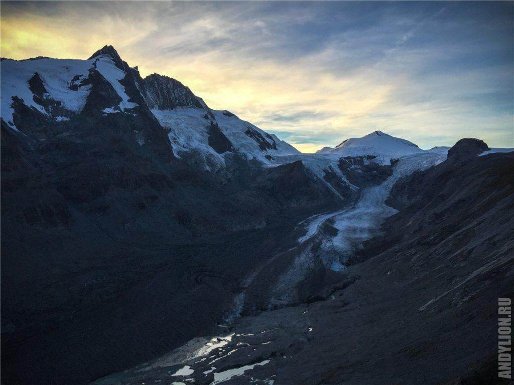 Ледник Pasterze и гора Grossglockner
