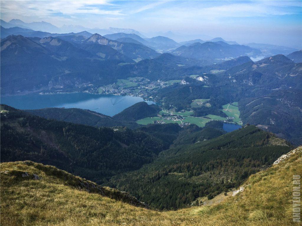 Вид на Сакт-Гильген с горы Шафберг