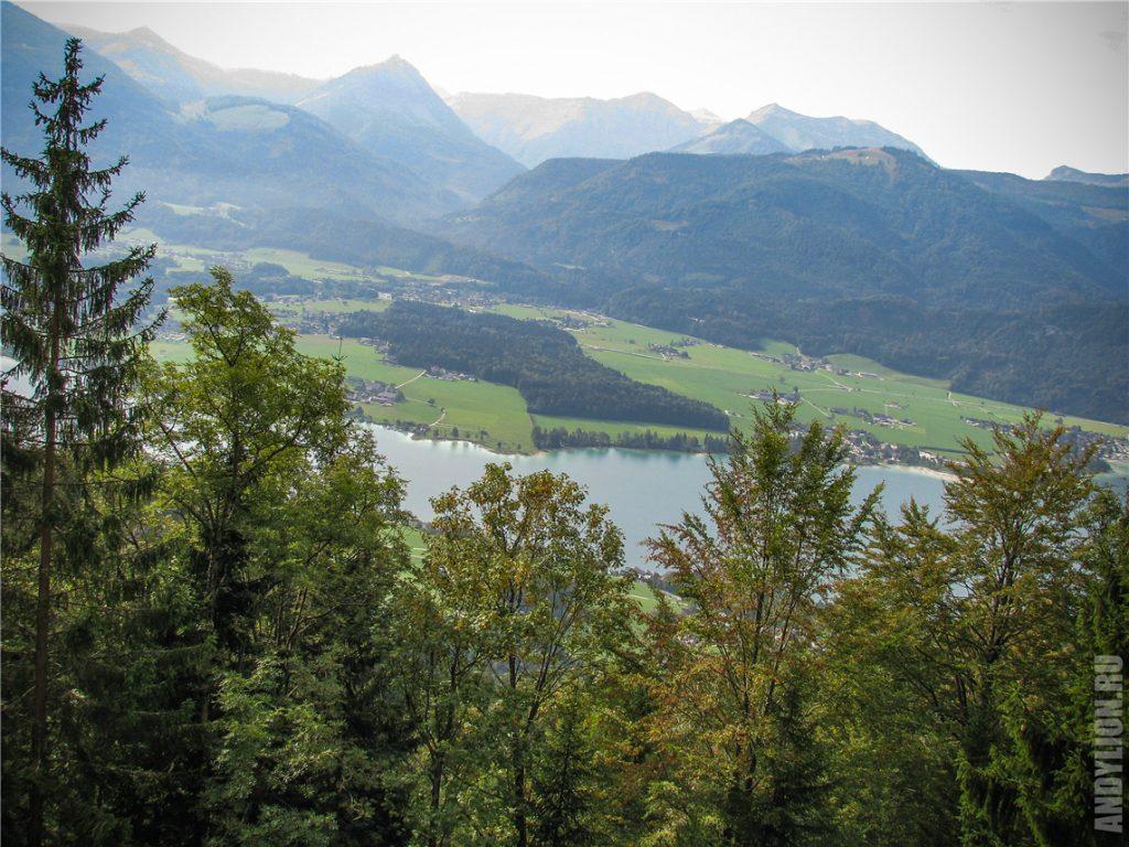 Виды из поезда на озеро Вольфгангзе