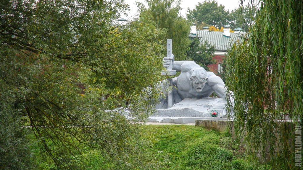 Монумент Жажда