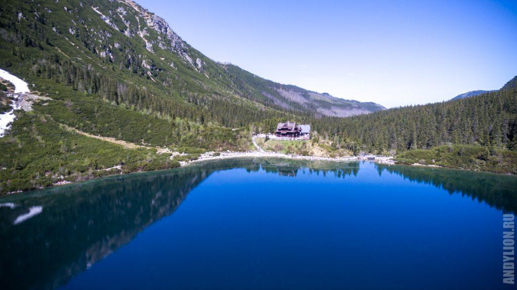 Морское Око. Озеро и приют с квадрокоптера.