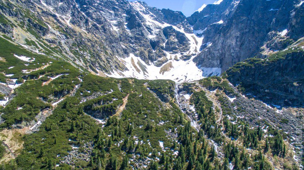 Водопад из Черного Озера