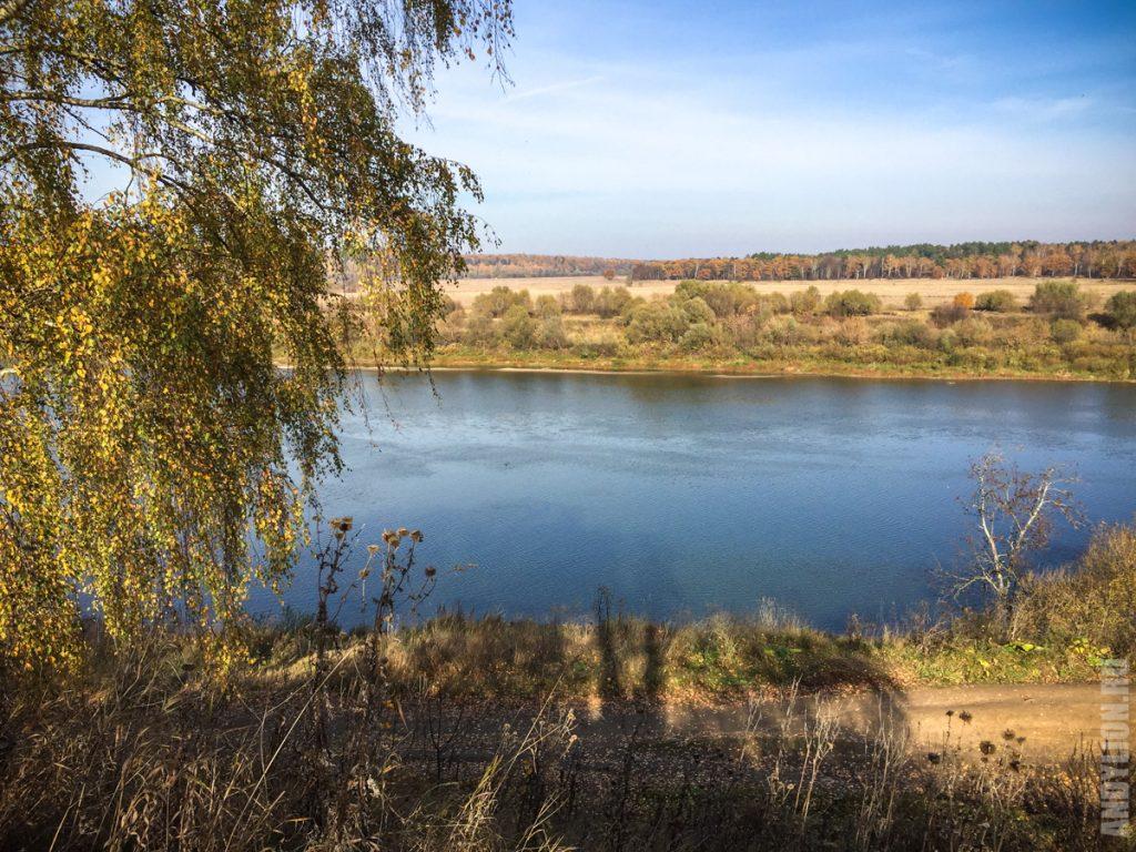 Пейзажи среднерусской равнины. Река Ока. Таруса.