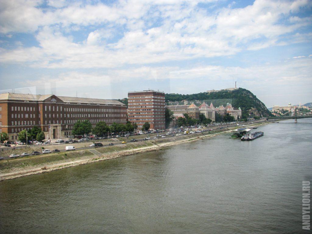 Будапешт. Дунай и гора Геллерт.