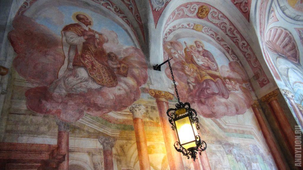 Фрески в часовне XVI века. Бледский замок.