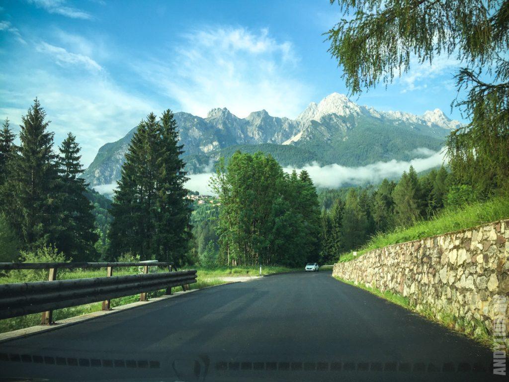 Италия. По пути в Доломитовые Альпы.