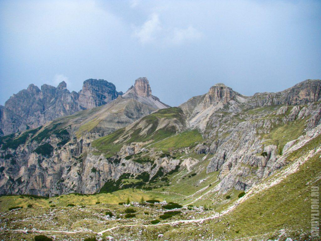 Горы. Доломитовые Альпы.