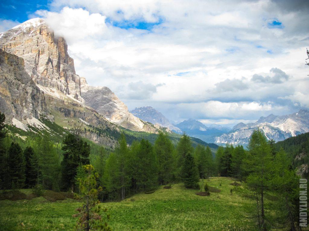 Пейзажи в Доломитовых Альпах