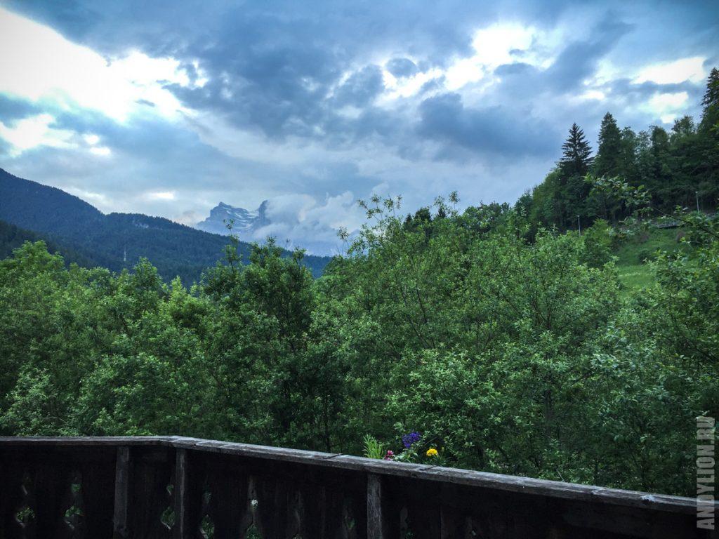 Прощальный вид на горы из апартаментов