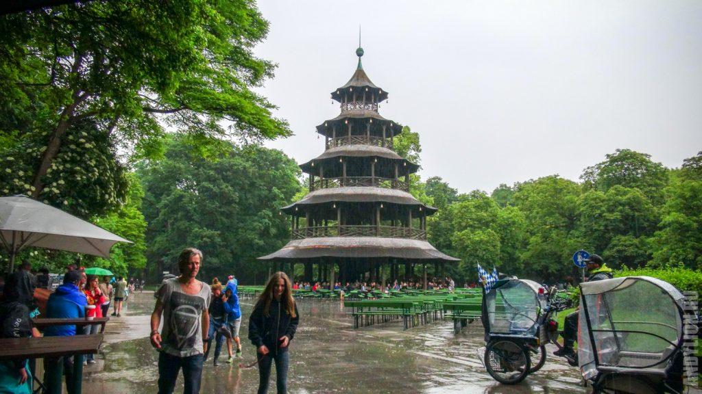 Китайский домик в Английском саду