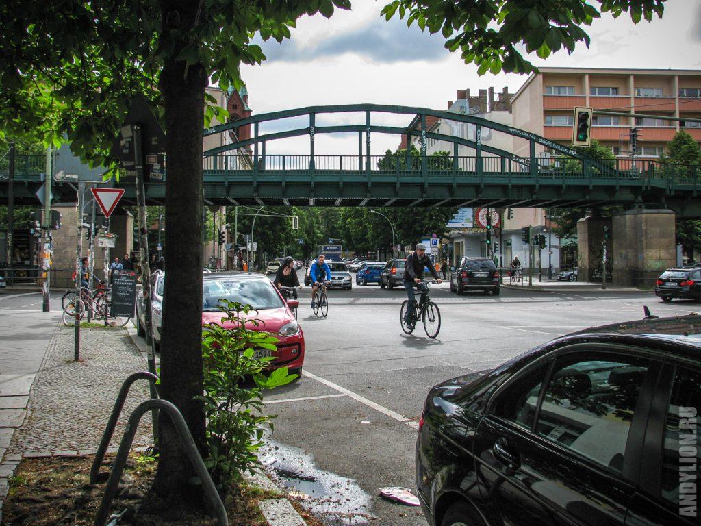 Метромост у станции Schönhauser Allee