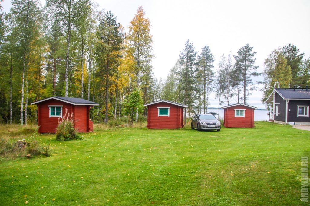 Small cabins in Ristijärven Pirtti Camping