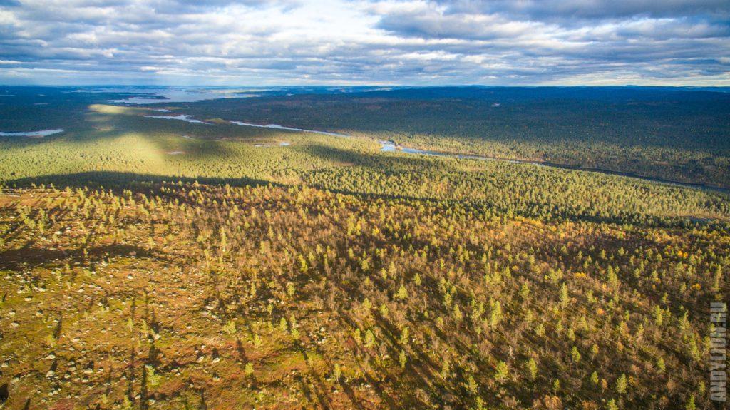 Лапландия. Вид на реку Juutuanjoki.