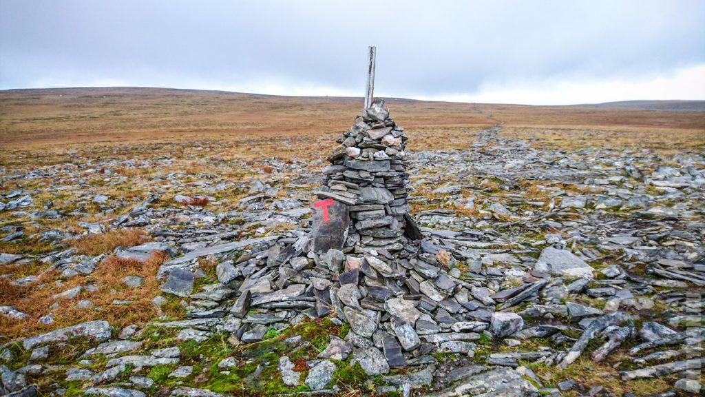 Каменные указатели маршрута в Норвегии